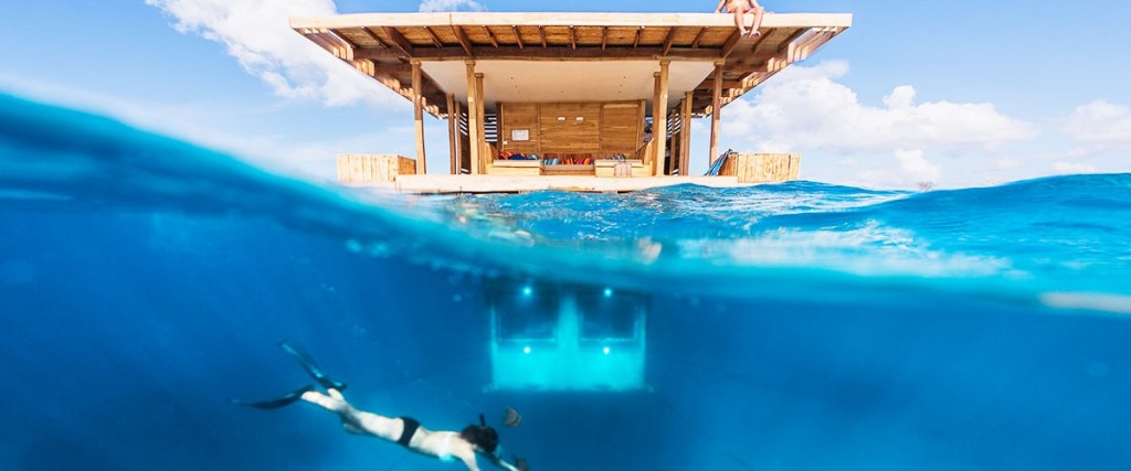 manta-resort-under-water-room-slider-1